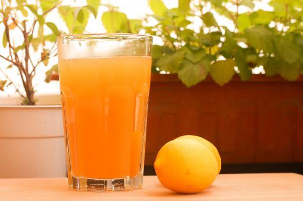 Ľadový čaj s citrusmi