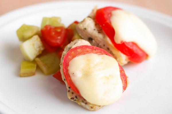 Kuracie prsia s mozzarellou a paradajkami