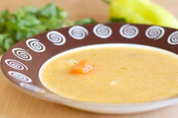 Zeleninová polévka s muškátovým oříškem