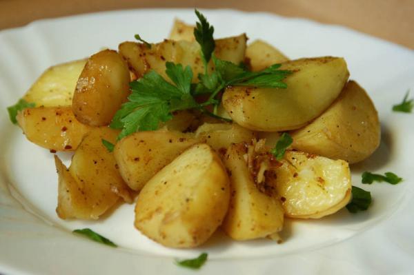 Pečené nové zemiaky