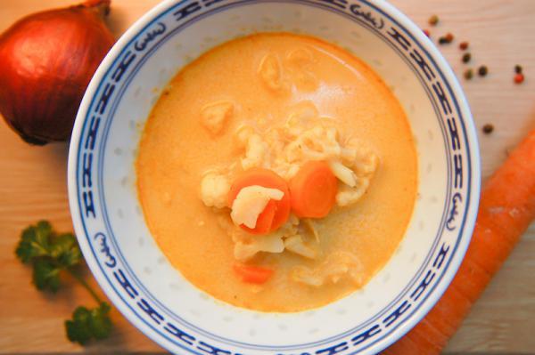 Smotanovo karfiolová polievka