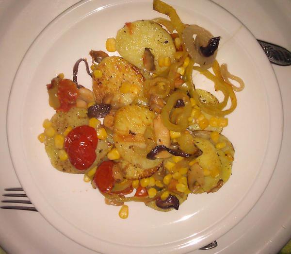 Pečené zemiaky so zeleninou