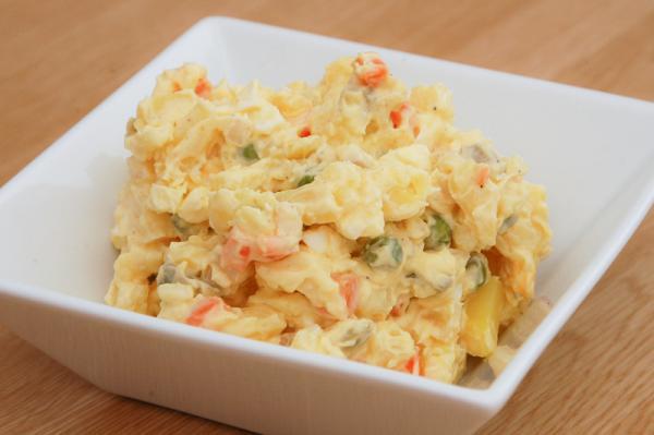 Vianočný zemiakový šalát