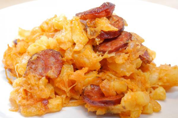 Zapečené zemiaky s kapustou