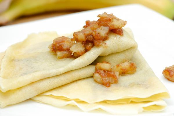 Palacinky s karamelizovaným banánom