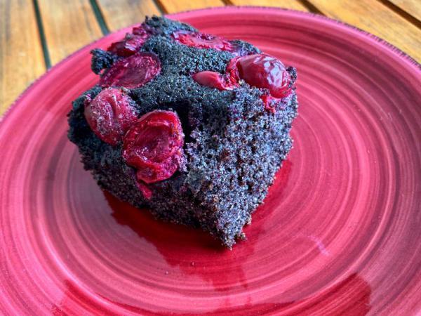 Makový koláč višňovo-čerešňový bez múky